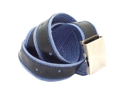 opasek modré tečkované džíny