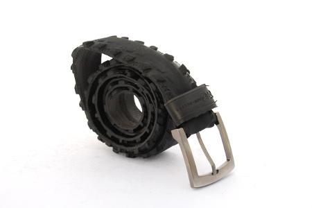 Černý opasek hladká kůže na kalhoty, pánský nebo dámský módní doplněk